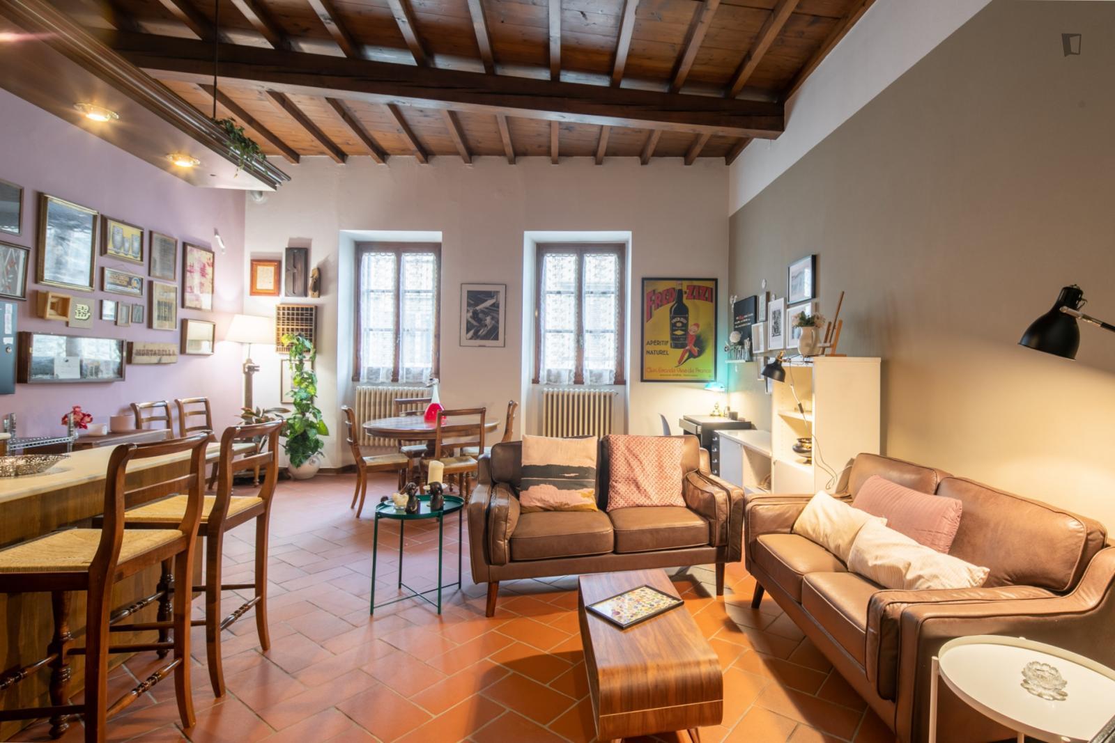 Via della Scala - 1470EUR / month