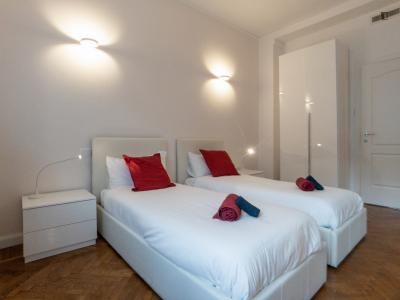 Bed in a twin room close to Caiazzo metro station