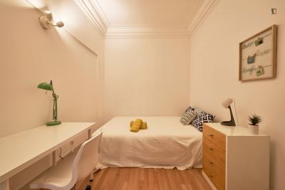 Beautiful single bedroom in Marquês de Pombal