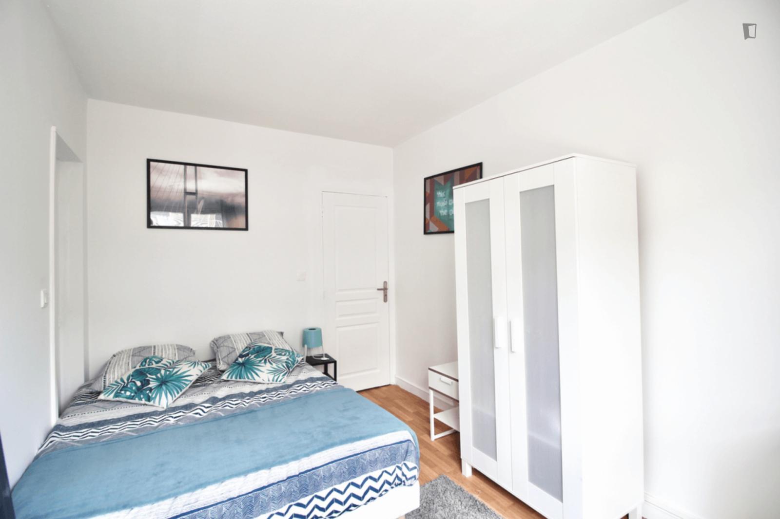 Square Vitruve, 20th arrondissement of Paris, FR-75 - 750 EUR/ month