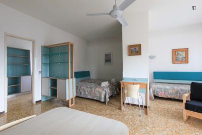 Roomy studio in Sempione - sarpi