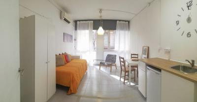 Full equiped and practical Studio next to Plaza España.