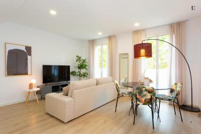 Beautiful 2-bedroom apartment near Poblenou metro station