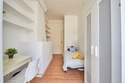 Appealing single bedroom close to Campo Pequeno metro station