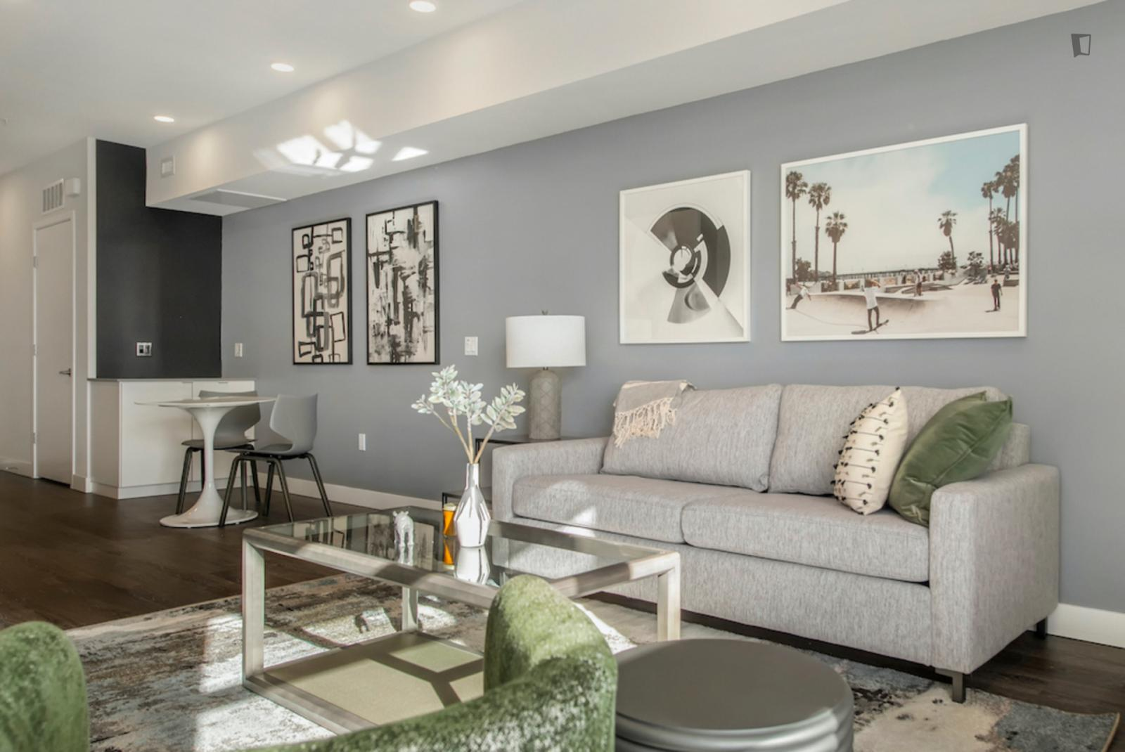 Dolores Street, San Francisco, MA - 3,579 USD/ month