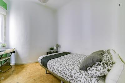 Double bedroom next to Palacio Real de Madrid