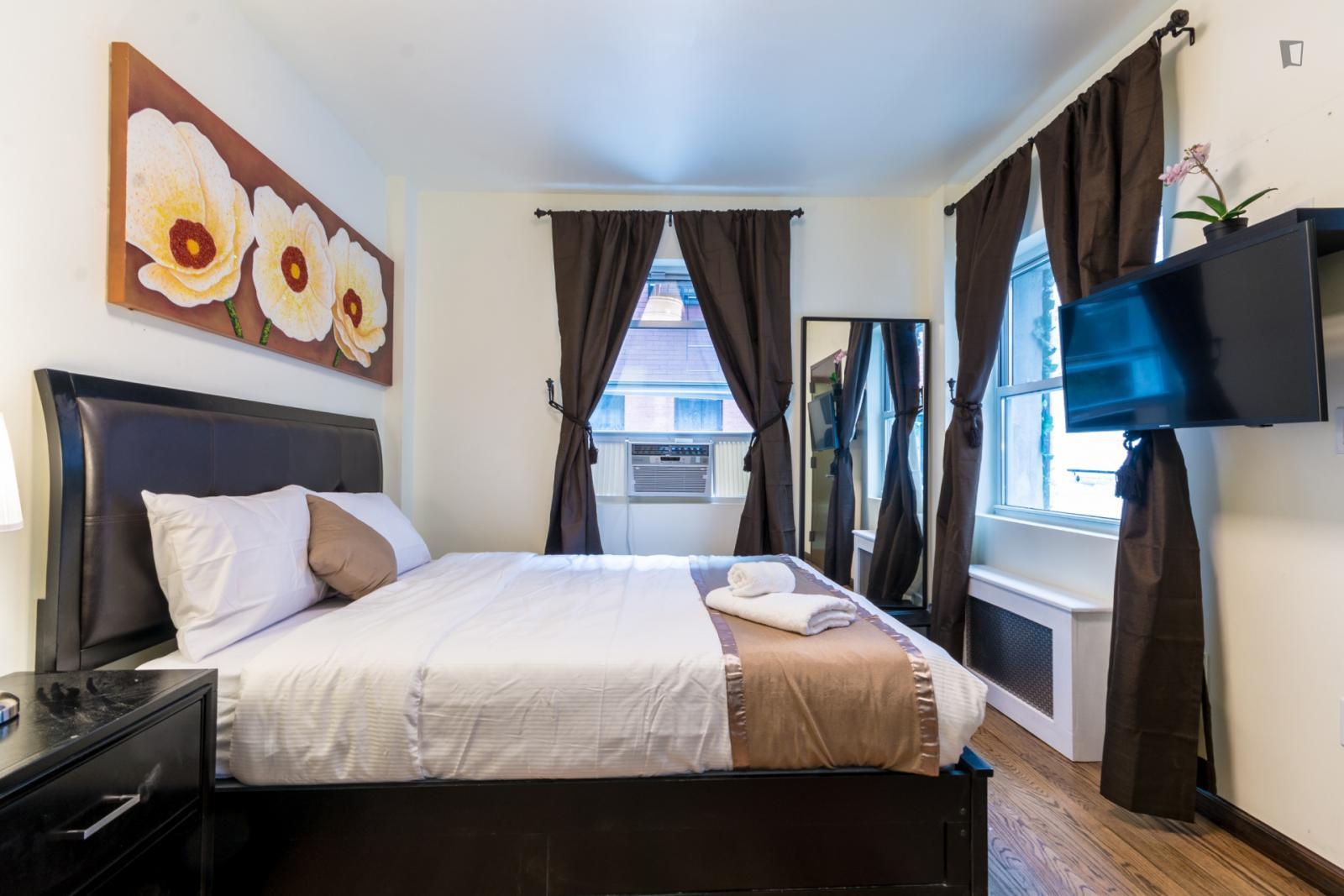 Sullivan Street, NEW YORK CITY, NV - 2,600 USD/ month