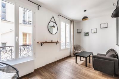 Lovely studio in 11e -Bastille-République