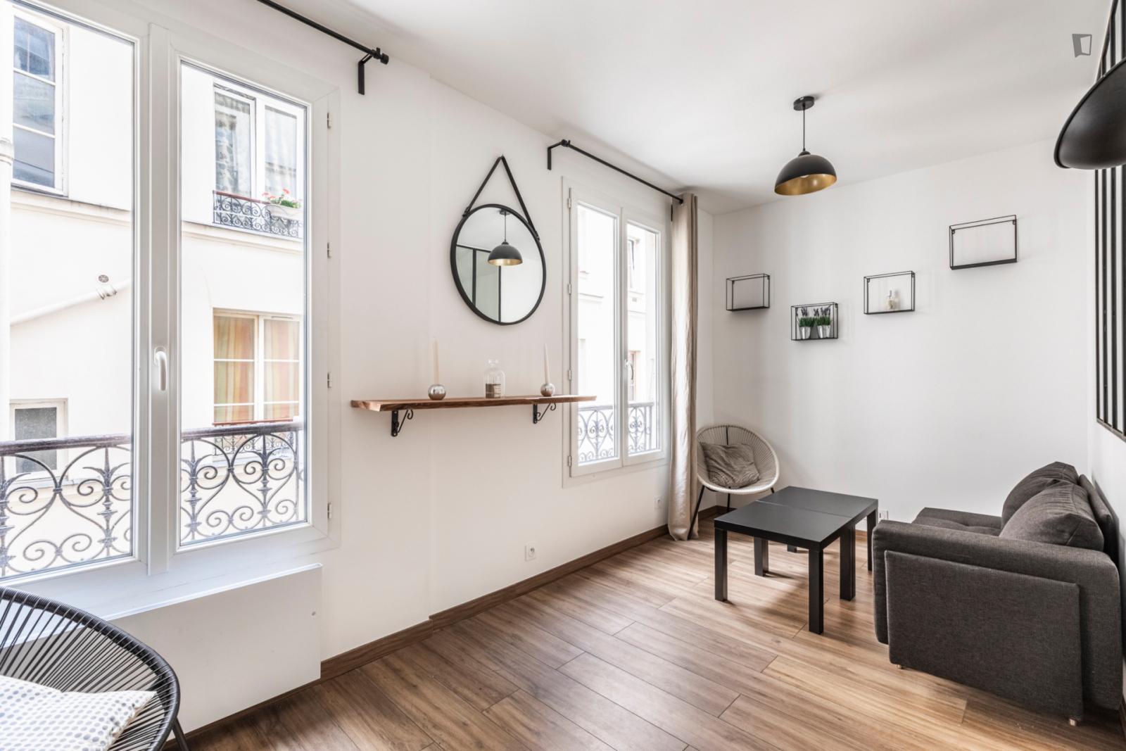 Rue Lacharrière, 11th arrondissement of Paris, FR-75 - 1,600 EUR/ month