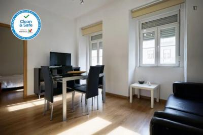 Amazing 3 bedroom apartment in Arroios in the heart of Lisbon