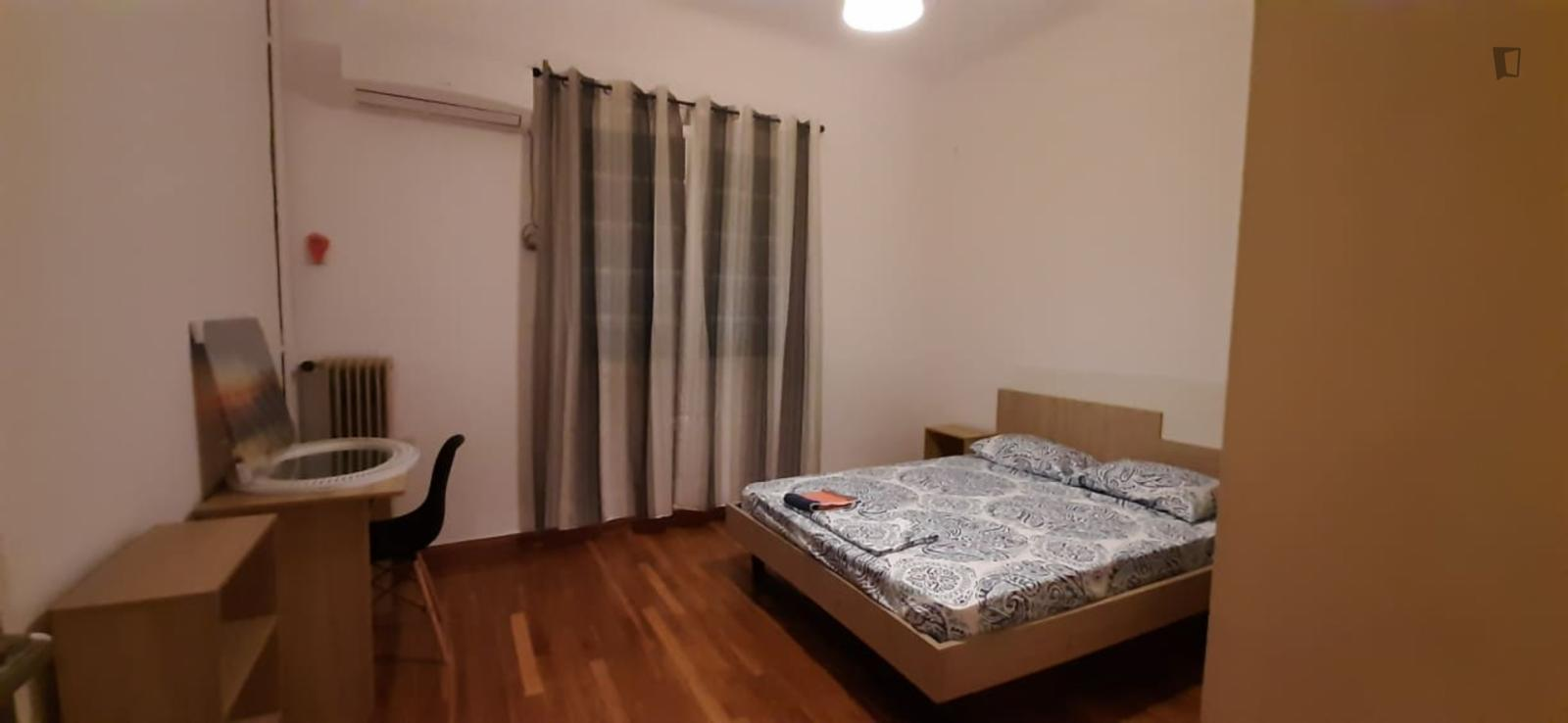 Mithimnis, Athens, WI - 290 EUR/ month