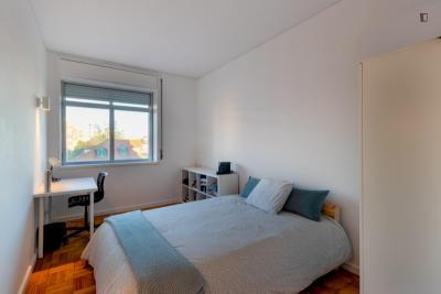 Lovely double bedroom close to Casa da Música
