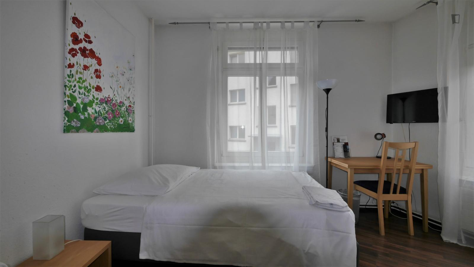 Langensteinenstrasse, Zurich, MT - 1,500 CHF/ month