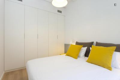 Very cool 2-bedroom flat in El Poble Sec-Parc de Montjuïc