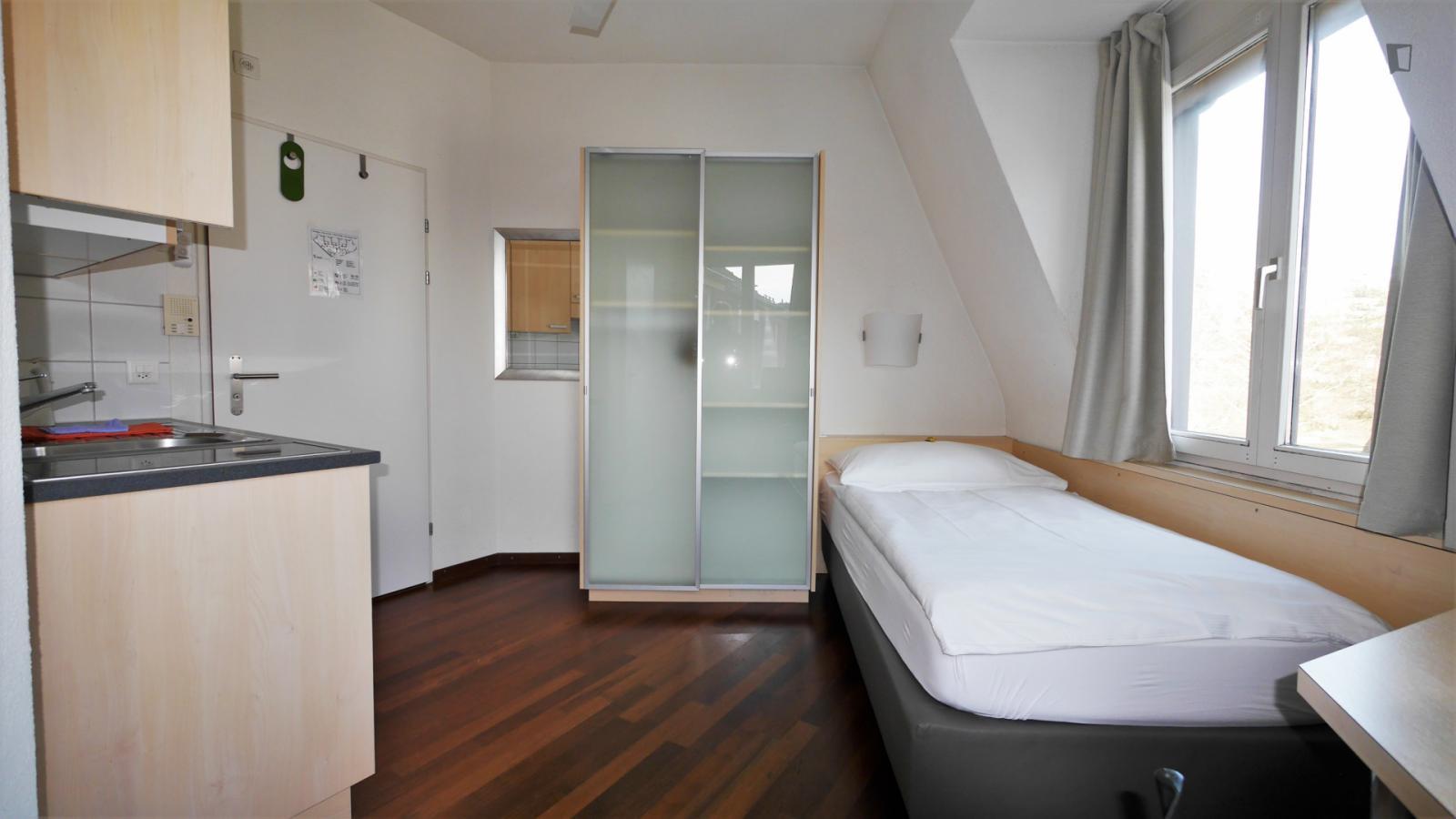 Langensteinenstrasse, Zurich, MT - 1,850 CHF/ month