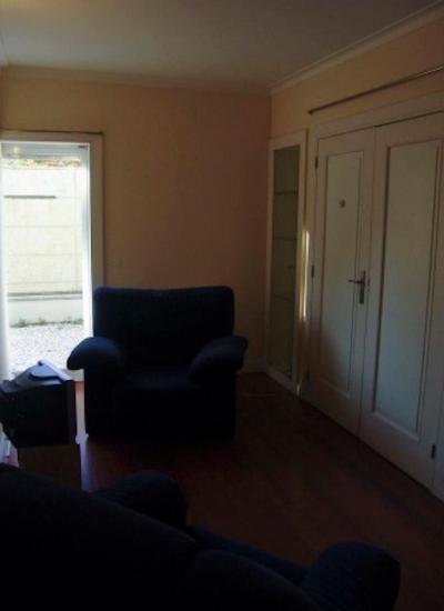 Simple 1-bedroom apartment in Aldoar
