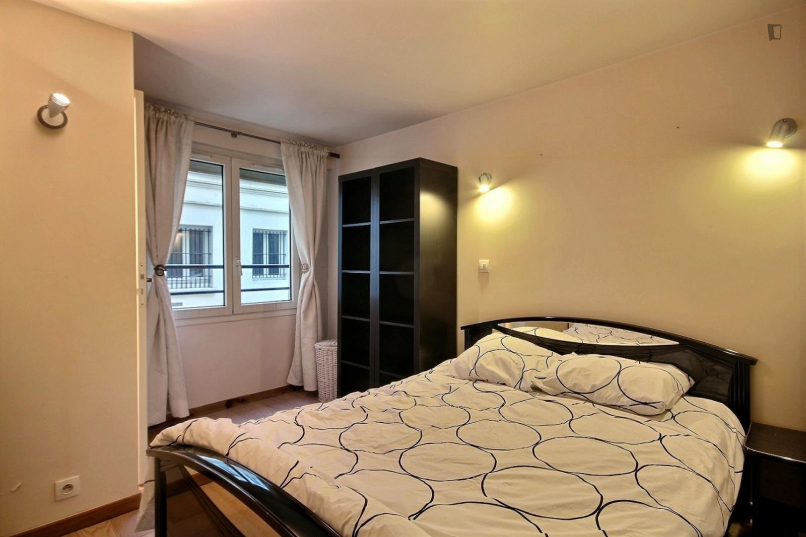 rue Notre Dame de Nazareth, 3rd arrondissement of Paris, FR-75 - 1,473 EUR/ month
