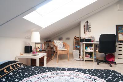 appartements louer murcie chambres et logements tudiants uniplaces. Black Bedroom Furniture Sets. Home Design Ideas