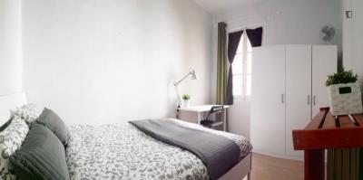 Really nice double bedroom in well-connected Arapiles neighbourhood
