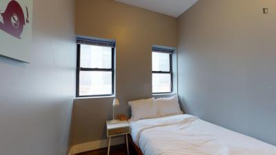 Fully Furnished Room in 4 Bed / 2 Bath