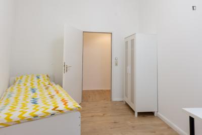 Bright single bedroom in Berlin Kreuzberg
