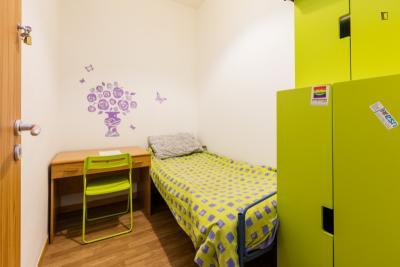 Snug single bedroom close to Baldo Degli Ubaldi metro station