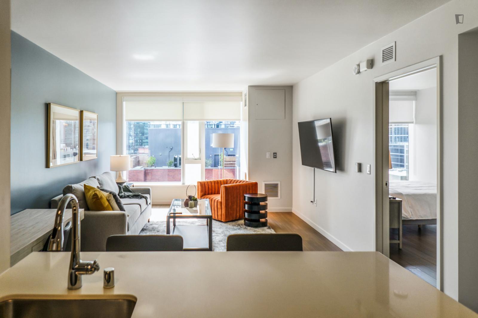 Fremont Street, San Francisco, MA - 4,149 USD/ month