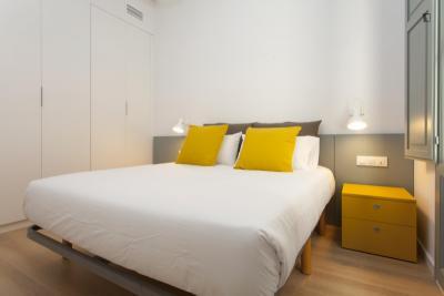 Modern 2-bedroom flat in El Poble Sec