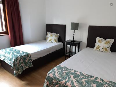 Pleasant single bedroom near Casa da Música