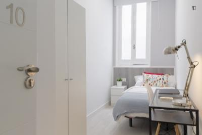 Graceful single bedroom in Malasaña