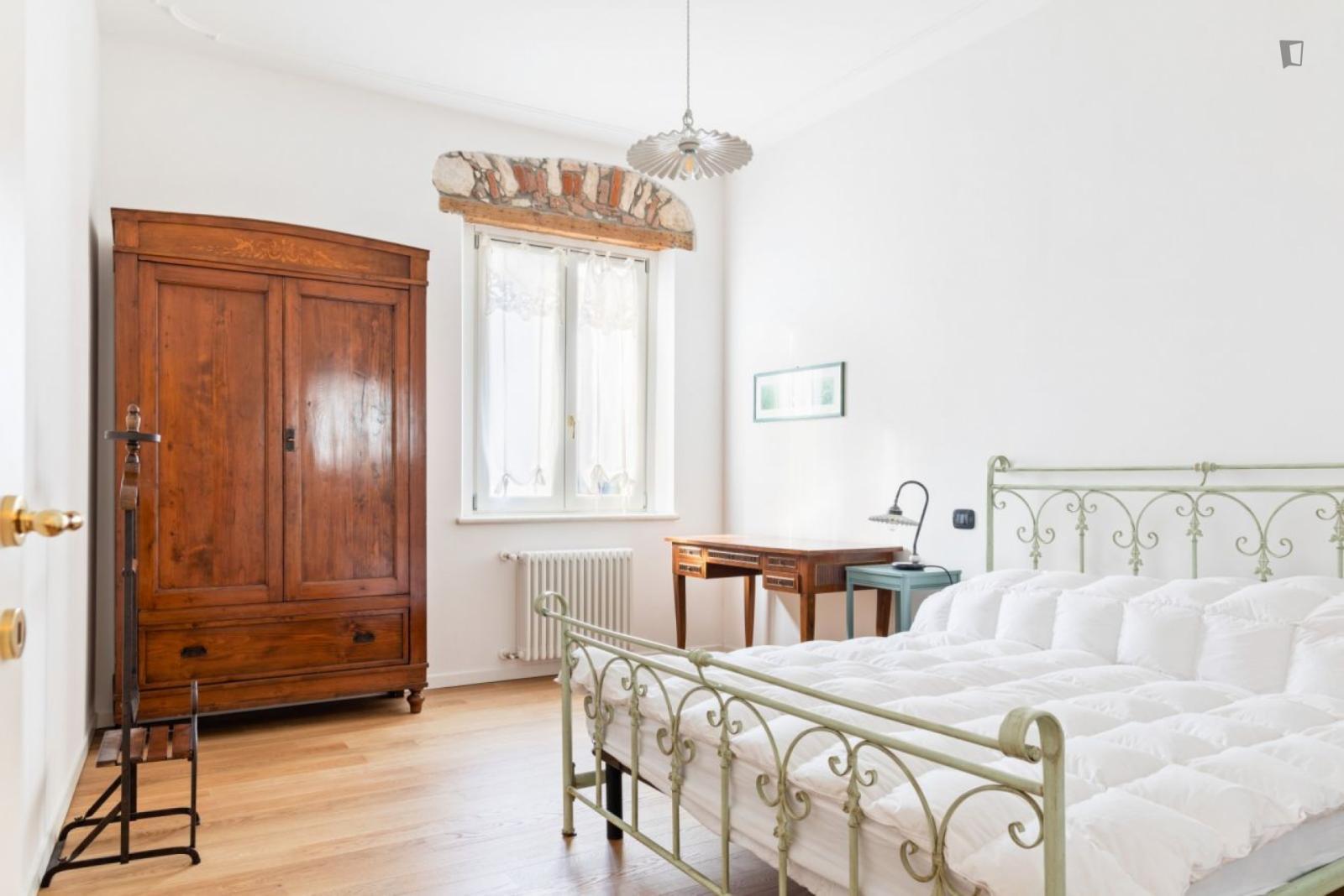 Via San Vitale, Verona, MS - 1,050 USD/ month