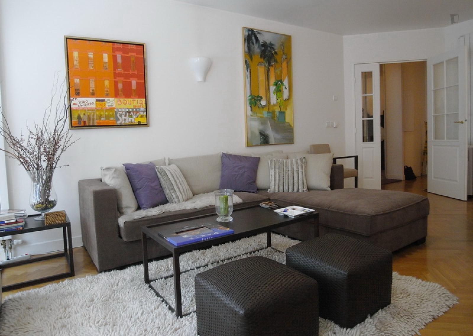 Avenue Paul Doumer, 16th arrondissement of Paris, FR-75 - 4,150 EUR/ month