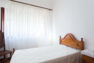 Nice single bedroom close to Escola Superior de Artes e Design