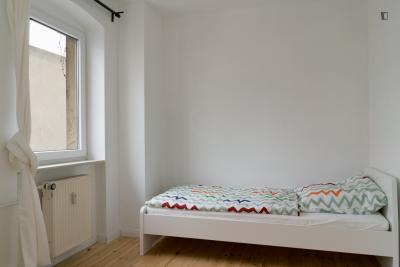 Lovely single bedroom in Berlin Kreuzberg