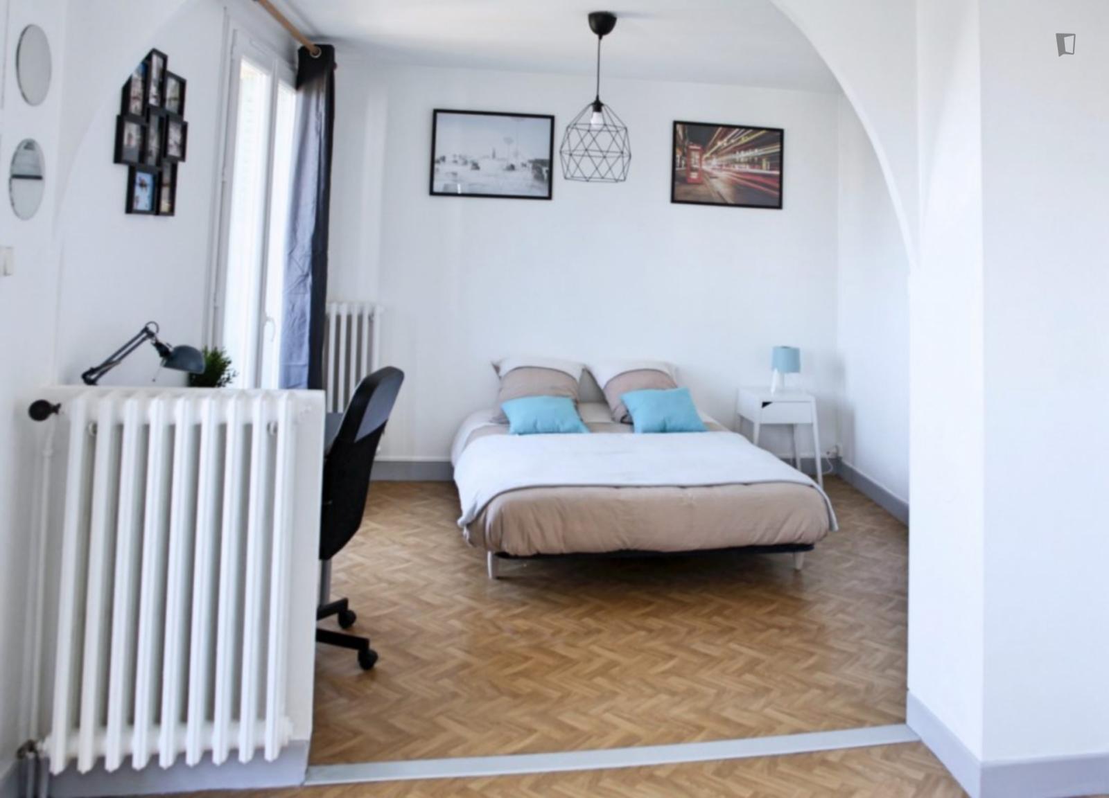 Avenue des Minimes, Toulouse, FR-31 - 500 EUR/ month