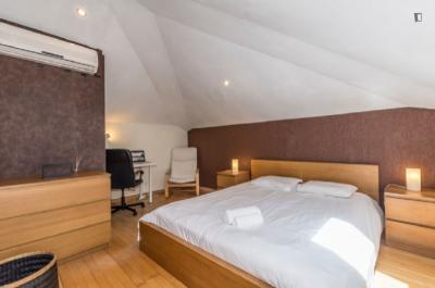 Double ensuite bedroom in Laranjeiras ref 2205