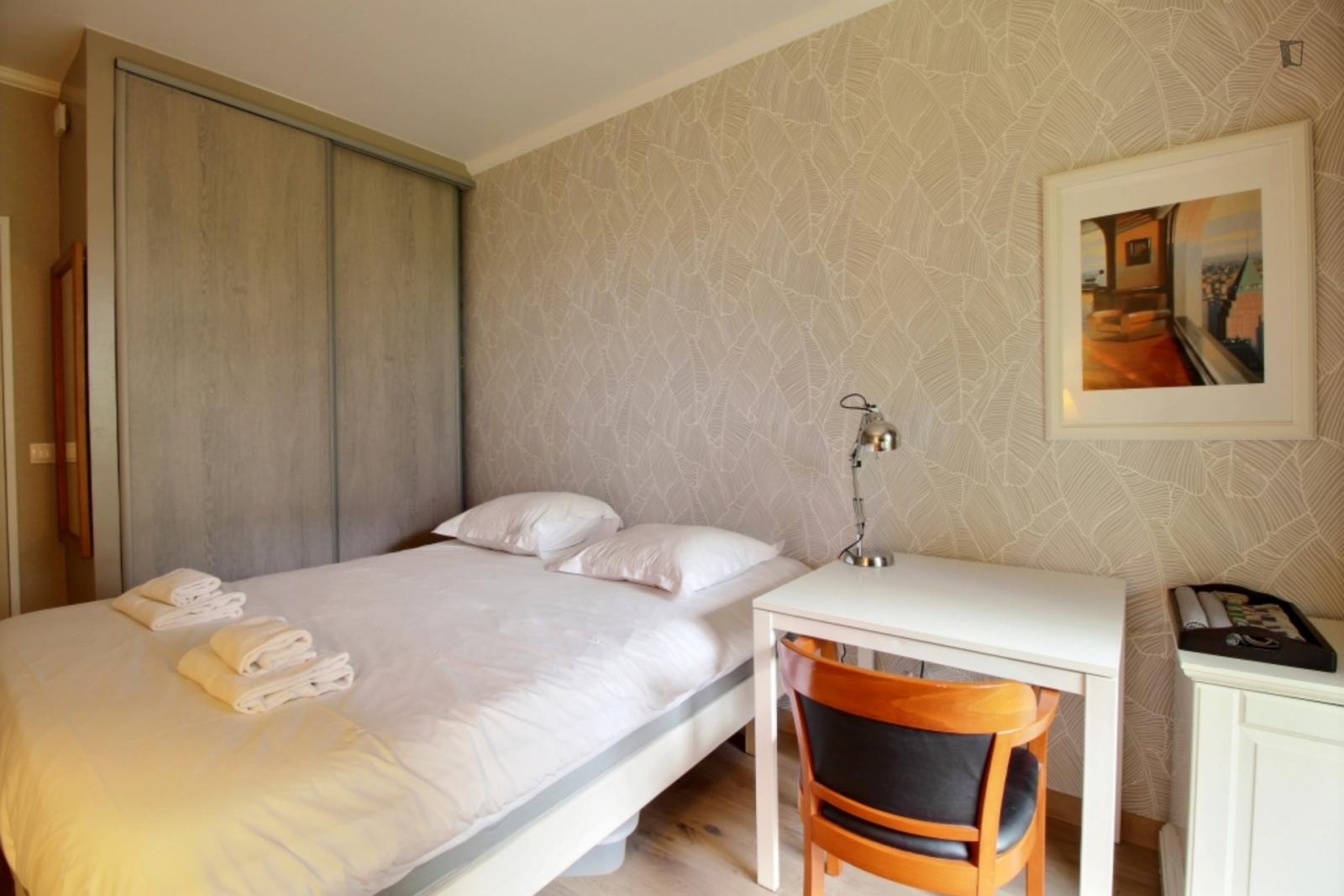 Rue Desaix, 15th arrondissement of Paris, FR-75 - 1,114 EUR/ month