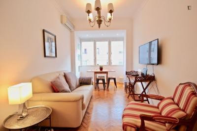 Elegant 2-bedroom apartment in Campo de Ourique