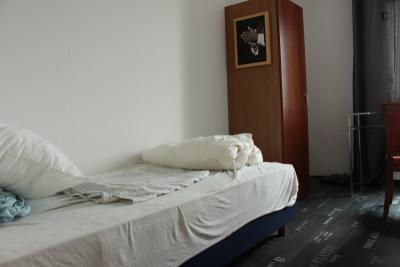 Snug single bedroom in Friedrichshain
