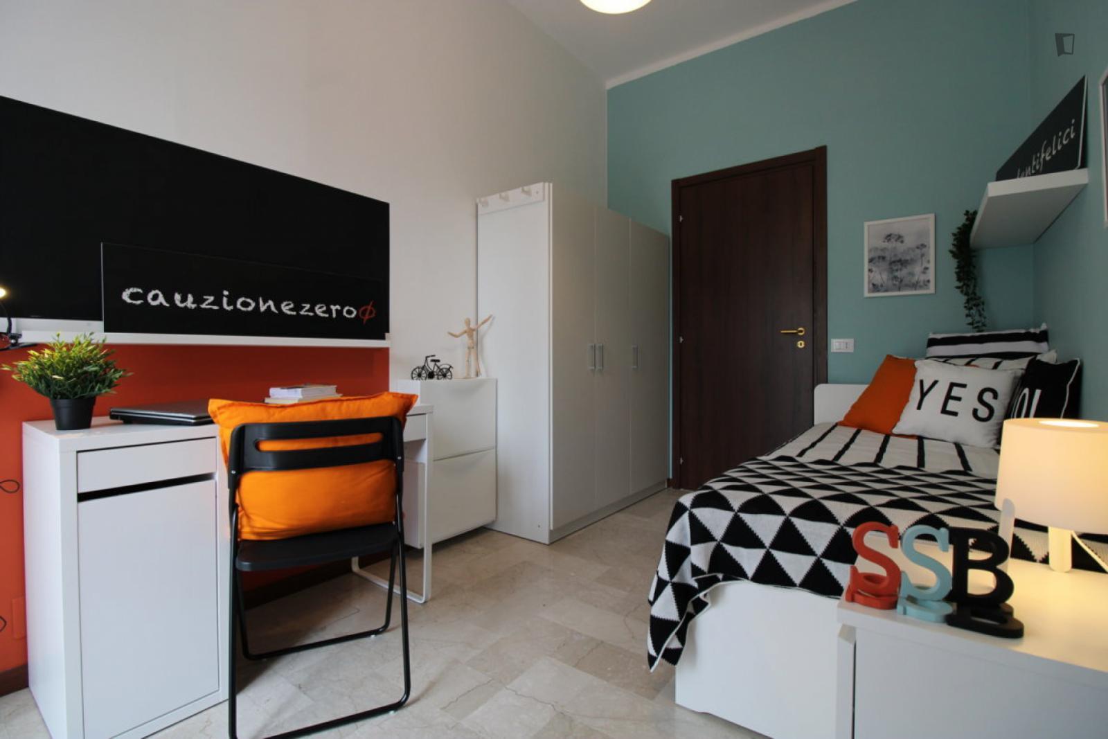 Via Bligny, Brescia, IT-BS - 375 EUR/ month