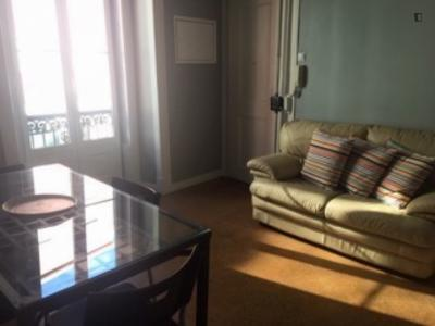 Very cosy 2-bedroom apartment in Campolide