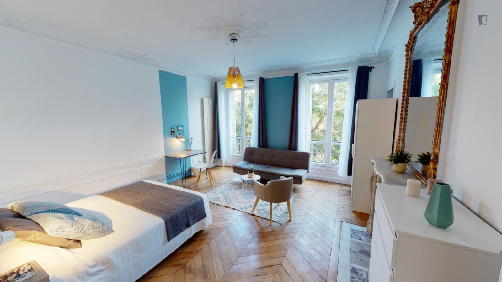 Boulevard de Magenta, 10th arrondissement of Paris, FR-75 - 1,011 EUR/ month