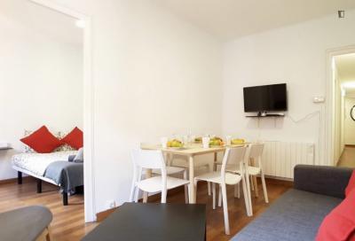 Tasteful 3-bedroom apartment in L'Hospitalet de Llobregat