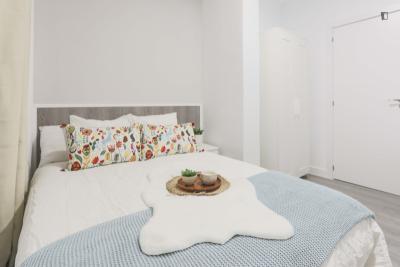 Restful double bedroom close to Ciudad Univerisitaria
