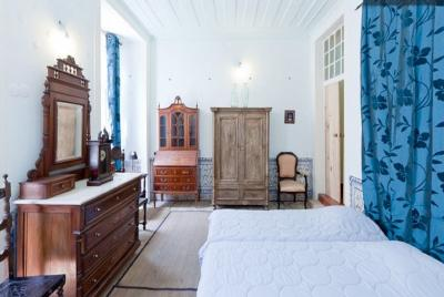 Stunning 5-bedroom flat in Baixa