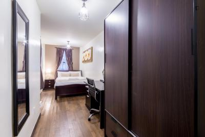 Fantastic double bedroom in a 2-bedroom apartment near Chrysler Building
