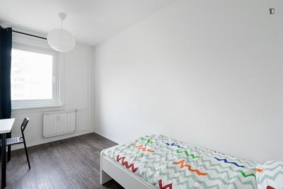 Very nice single bedroom in residential Lichtenberg