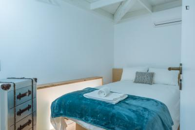 Cosy 2-bedroom apartment next to University of Coimbra