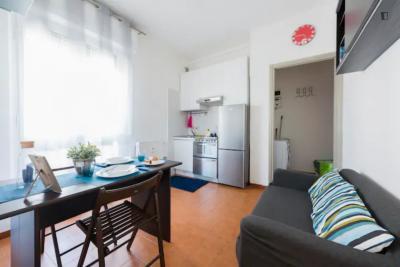 Bright 1-bedroom apartment in Corvetto - Rogoredo