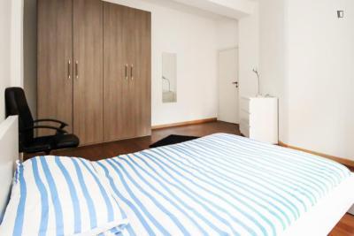Cozy double bedroom near Sondrio metro station